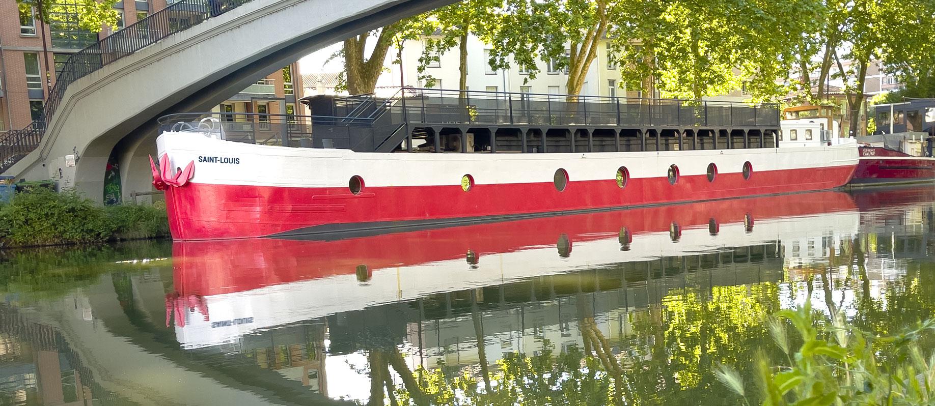 La péniche Saint-Louis